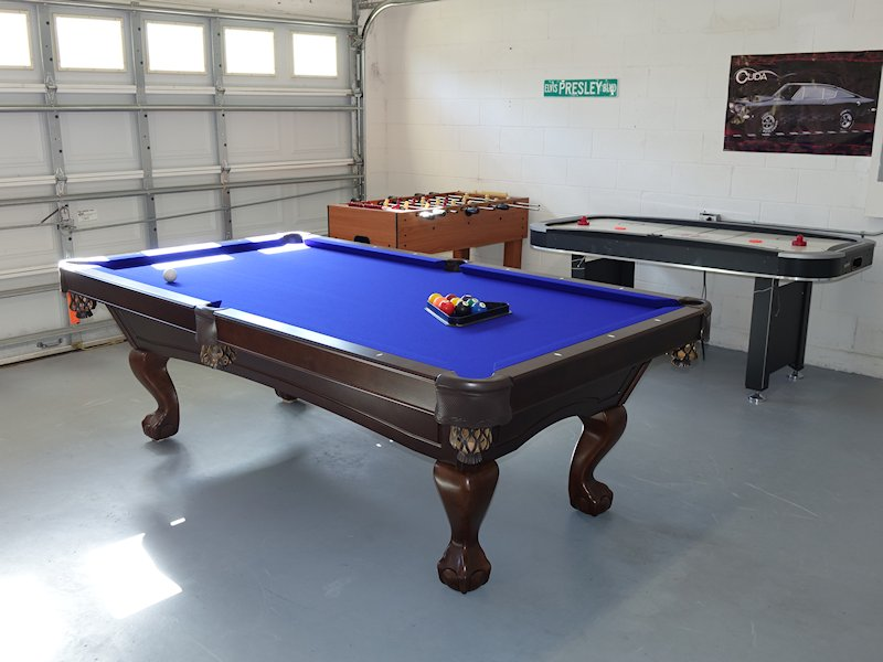 Games room with Brunswick 8' slate bed pool table