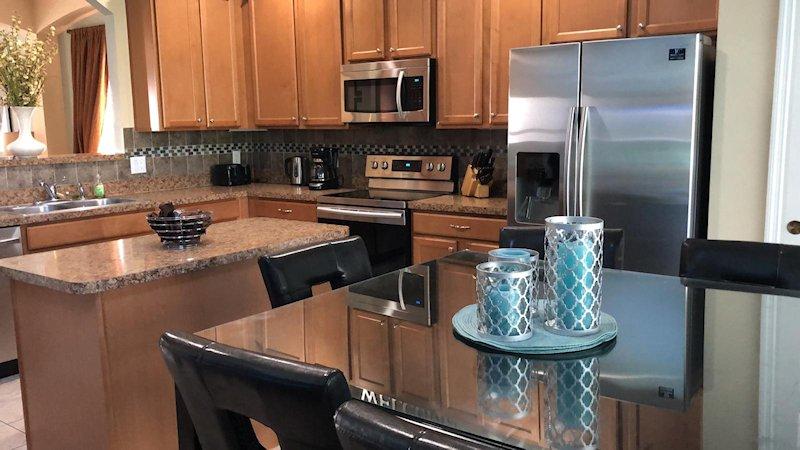 Kitchen & Nook Dining Area