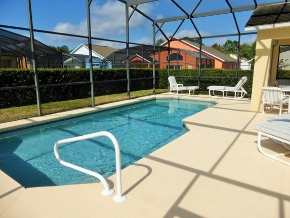 Pool rail for easy access. Privacy hedge