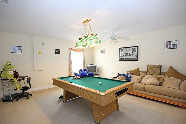 Games room with pool table & TV